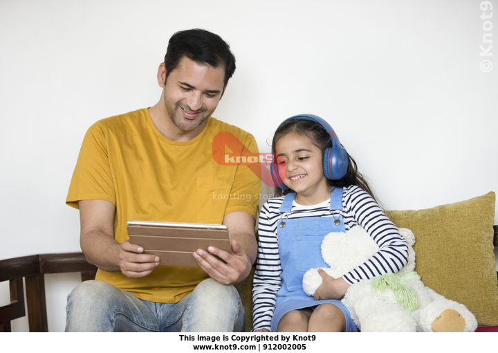 Young father and child girl using tablet Stock Video   Knot9