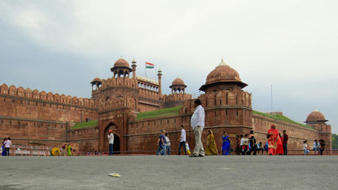 Timelapse of People's activity at Red fort, New Delhi