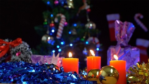 Bokeh shot of beautifully decorated darkroom for Christmas celebrations in India