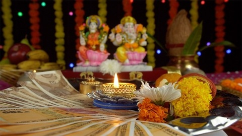 Beautifully decorated Puja plate on the occasion of the religious festival - Diwali/Dipavali
